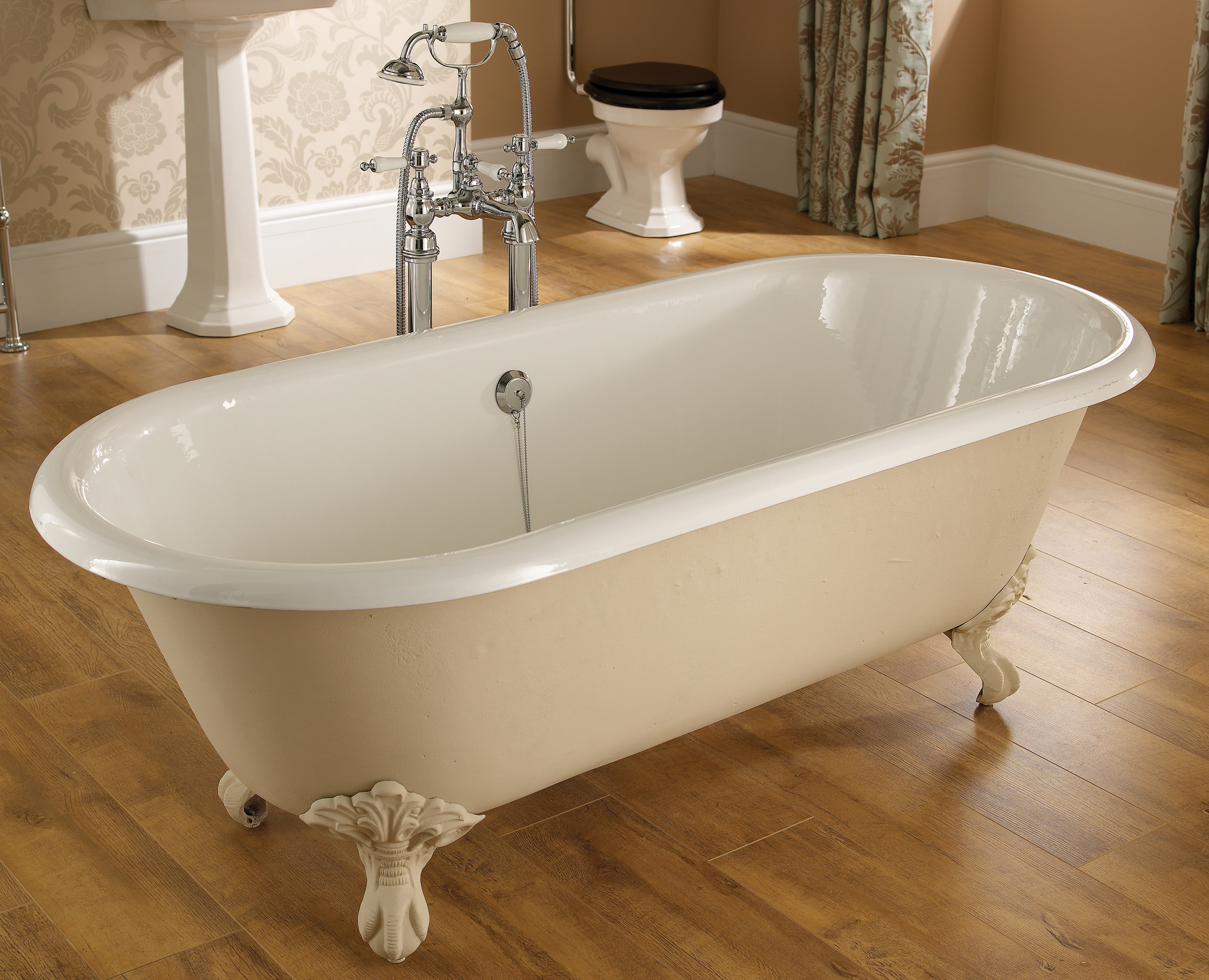 Heritage Oban Double Ended Roll Top Bath With Feet 1760 X
